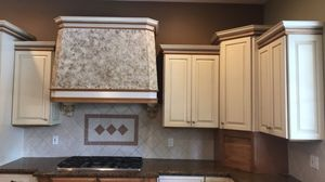 Kitchen cabinets and hood for Sale in Fort Lauderdale, FL
