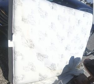 Power Adjustable Queen Bed Frame & Mattress for Sale in Oretech, OR