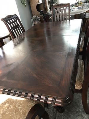 Dining room table with six matching chairs. for Sale in North Las Vegas, NV