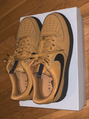 Nike Air Force One - Men's Wheat/Black/Navy Size 10.5 for Sale in Garden City South, NY