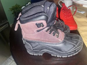 Snow Boots size 13 kid size for Sale in Queens, NY