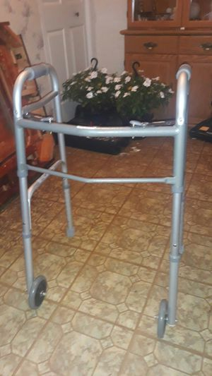 Walker with wheels for Sale in Schaumburg, IL