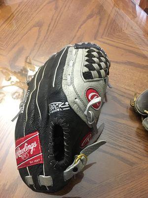 Rawlings baseball glove 13in obo for Sale in Corona, CA