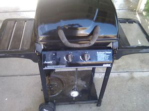 BBQ grill for Sale in San Bernardino, CA