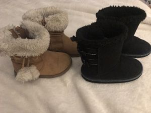 Little Girls Winter boots for Sale in Pickerington, OH