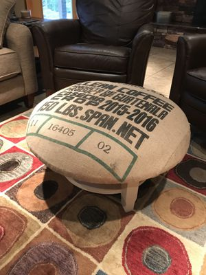 Ottoman or small coffee table for Sale in Banks, OR