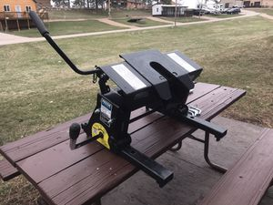 16k Reese fifth wheel hitch for Sale in Minneapolis, MN