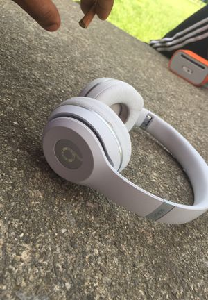 Beat solo 3s for Sale in Columbus, OH
