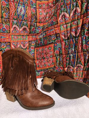 Fallon fringe booties for Sale in Tinley Park, IL