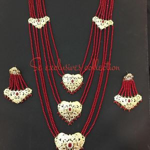 Necklace Set for Sale in Queens, NY