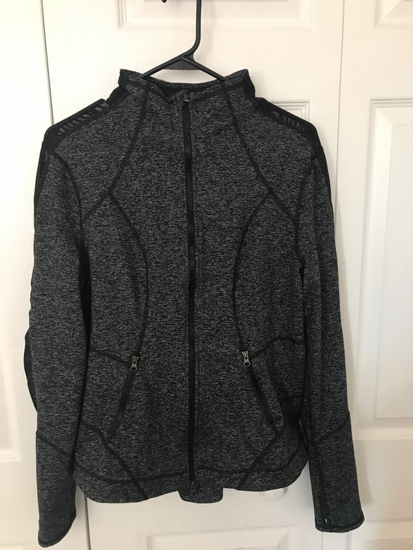 Zella stardust training jacket size xl (pick up only)
