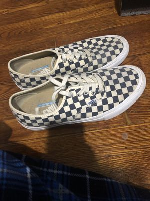 Checkered vans (NEGOTIABLE) for Sale in Takoma Park, MD