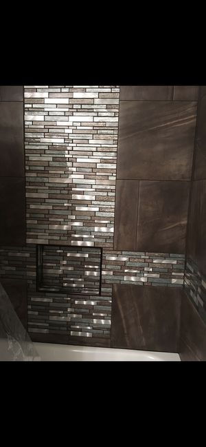 18X18 aprx 150 sf ft of tile for Sale in Kennewick, WA