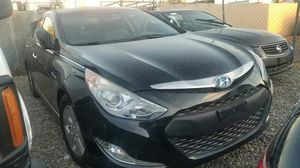 2013 Hyundai Sonata HYBRID! WONT START! BRING YOUR MECHANIC ¡NO PRENDE! TRAIGA A SU MECANICO for Sale in Phoenix, AZ