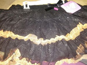 Brand new Hello Kitty Halloween skirt size 4t $5 pick up only in Bakersfield in the Oildale area no holds serious buyers only for Sale in Bakersfield, CA