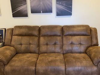 Like New Suede Couch for Sale in Los Angeles,  CA