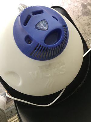 Vick's Humidifier for Sale in Falls Church, VA