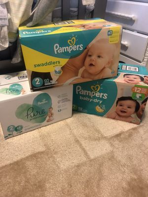 Pampers size 2 for Sale in Murfreesboro, TN