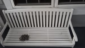 5ft white wood porch swing for Sale in Concord, NC