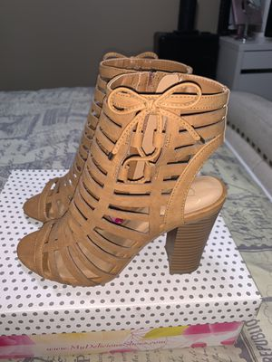 Women tan heels for Sale in Bellflower, CA