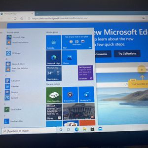 Windows 10 RCA 2 In 1 Notebook PC/Tablet for Sale in Oakdale, CA