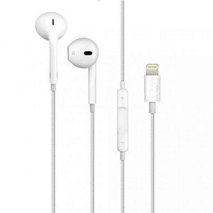Apple Earpods/headphones with lightning connector for Sale in Leesburg, VA