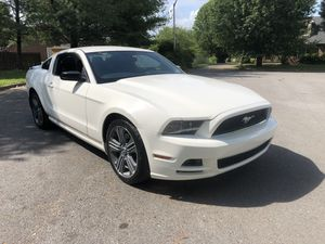 2013 Ford Mustang v6 for Sale in Murfreesboro, TN