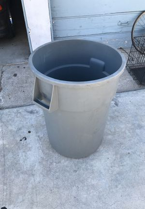 Trash Can for Sale in Los Angeles, CA