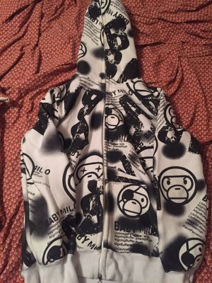 Bape hoodie zip up size large for Sale in Phoenix, AZ