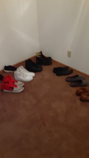 Nike and timberland and gucci for Sale in Seattle, WA