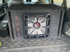 """15"""" kicker L7 with ported box 2,000 watts. for Sale in Randolph, MA"""