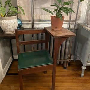 Antique Telephone Table for Sale in Newark, NJ