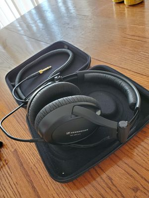Sennheiser HD380 pro headphones for Sale in Albany, OR