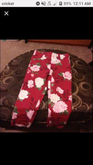 Garanimals red leggings 4t for Sale in Port Richey, FL