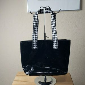 Nordstrom Shiny Patent Tote for Sale in Redmond, WA