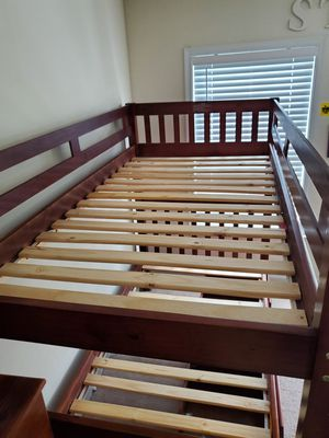 Twin size bunk bed for Sale in Waldorf, MD