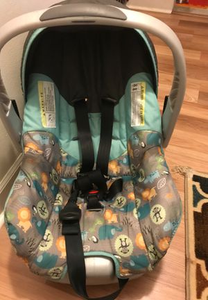 Car seat for Sale in Elk Grove Village, IL
