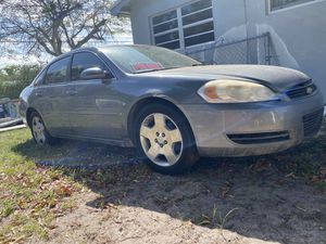 2008 clean title Chevy impala LT clean title in hand for Sale in Miami, FL