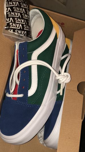BRAND NEW YACTH VANS SIZE 6 for Sale in Bronx, NY