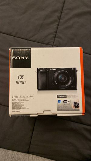 SONY A6000 MIRRORLESS CAMERA AND E55-210 MM LENS for Sale in Los Angeles, CA