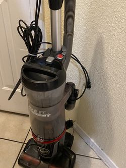 Hoover Max Life Pro Pet Swivel Vacuum Cleaner Used In Excellent Condition With All Accessories for Sale in Las Vegas,  NV