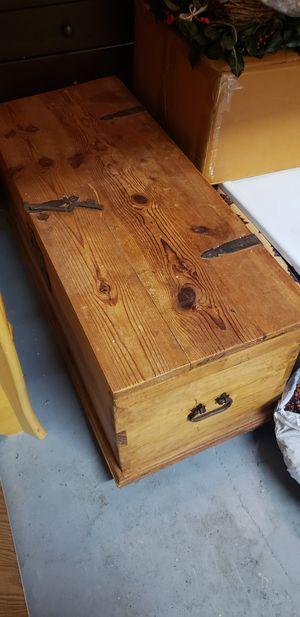 Coffee table rustic chest for Sale in Miami, FL