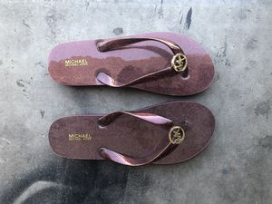 MK flip flops size 8, new for Sale in AZ, US