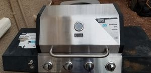 Extra Grill 4 - Burner Propane Gas Grill + 2 propane tanks for Sale in Las Vegas, NV