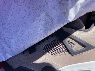 Nike Air Jordan 4 Taupe Haze Size 11 (new) for Sale in Long Beach,  CA