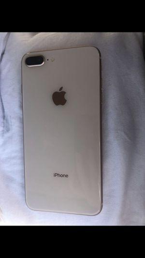 iPhone 8 Plus 64GB unlocked for Sale in Clovis, CA