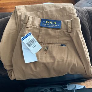 Ralph Lauren stretch class it fit polo 32 x 30 for Sale in Chicago, IL