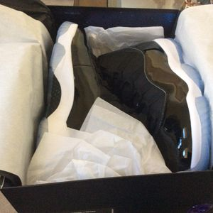 Brand New Jordan 11 Space Jam size 13 men's 100% authentic with Finish Line receipt for Sale in Charlotte, NC
