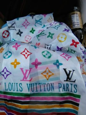 Louis vuitton scarf for Sale in Rockport, TX