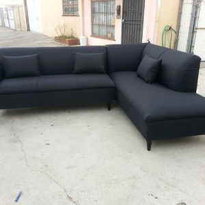 NEW 9X7FT DOMINO BLACK FABRIC SECTIONAL CHAISE for Sale in La Puente, CA